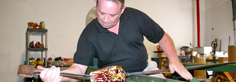 Glassworking Classes at Oglebay Institute's Glass Museum