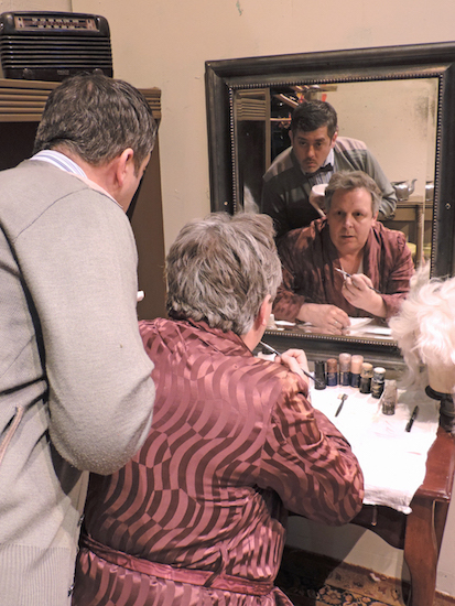 """Vincent Marshall and Tim Thompson star in """"The Dresser."""""""