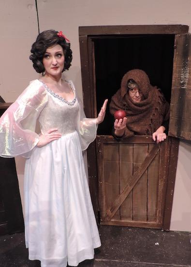 Towngate Theatre Presents Snow White