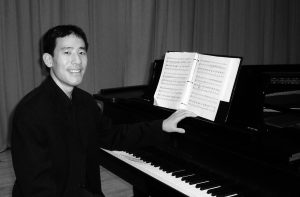 Pianist Gerald Lee Performs at the Stifel Mansion April 29