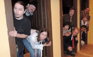 """""""Noises Off"""" at Towngate Theater"""